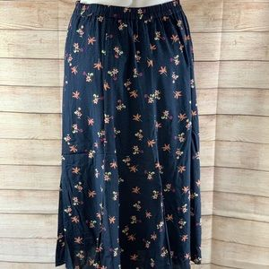 Christopher & Banks Petite Navy Floral Skirt